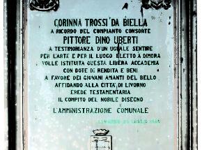 Lapide a ricordo del lascito di Corinna Trossi