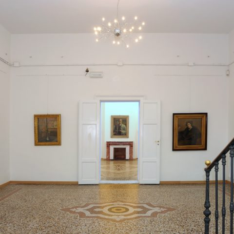 (L'atrio di Villa Trossi)